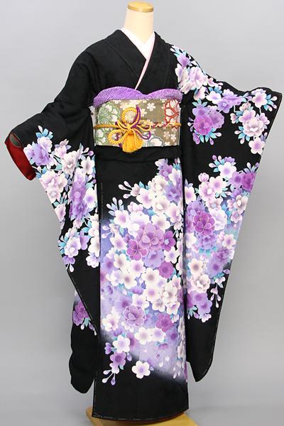【レンタル専用40001-02408】黒地にクールな桜柄振袖