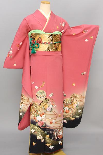 ◆【レンタル専用1805-03366】ピンク地に毬と刺繍古典花文様振袖