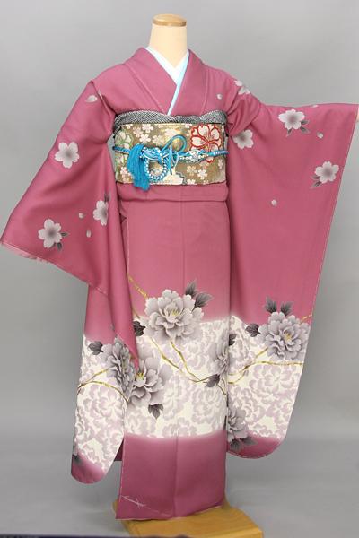 ◆【レンタル専用1805-03392 】ピンク地に牡丹柄振袖