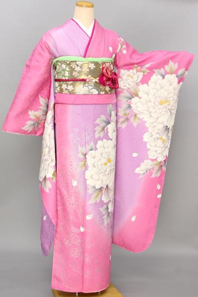 ◆【レンタル専用1805-03429】ピンク地に大輪白牡丹柄振袖