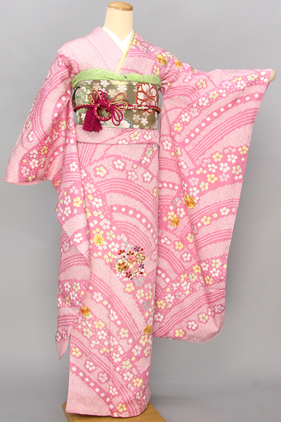 ◆【レンタル専用1805-03463】ピンク地に絞り柄青海波と桜柄振袖