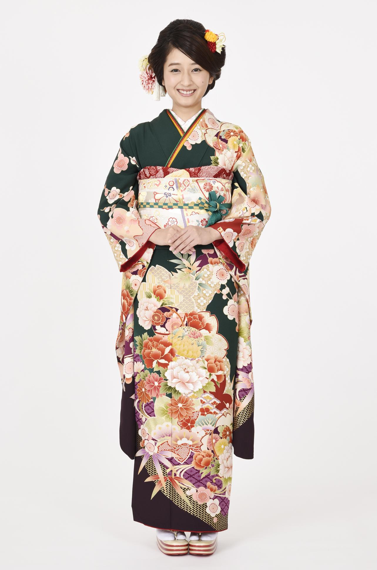 【MKK-2907】★深緑地に桜と牡丹のレトロ柄振袖