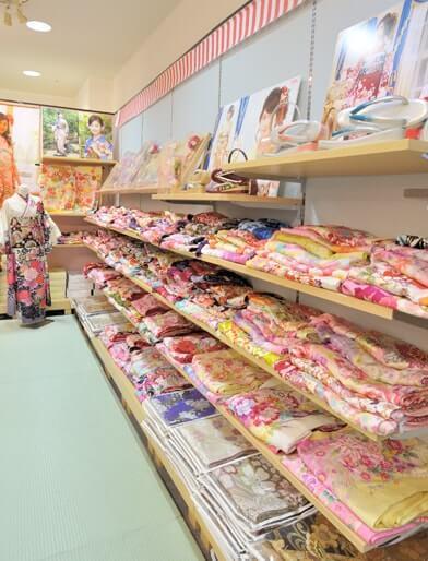 海老名店の店舗画像01
