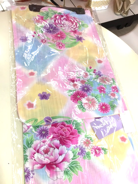 カラフル花柄浴衣