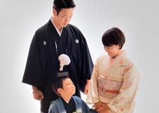 記念日には着物で家族写真を撮ろう