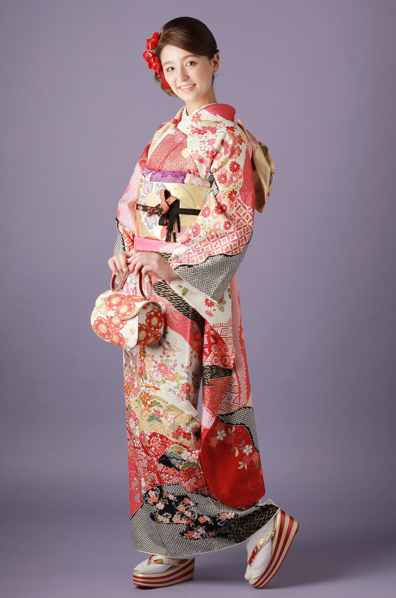 【MK-701】濃ピンク×赤地の花と御所車文様振袖
