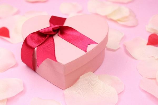 img_chocolate-present_03